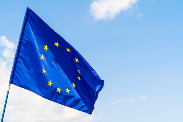 """מחזיקים בדרכון אירופאי? הכירו את ההקלות בכניסה לארה""""ב"""