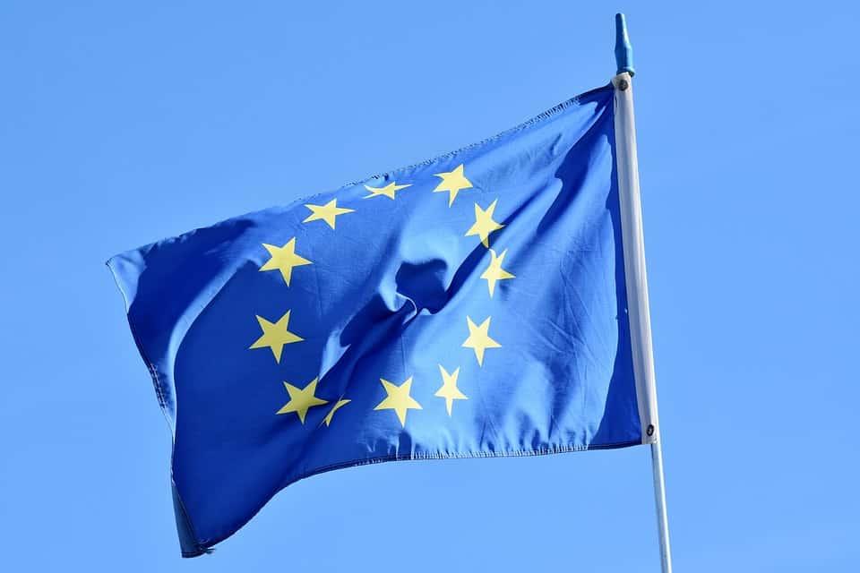קריירת משחק מעבר לים, עם דרכון אירופאי זה קל